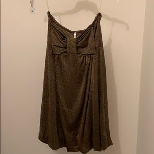 Dresses & Skirts - NWT - size L - Gold bubble dress - strapless